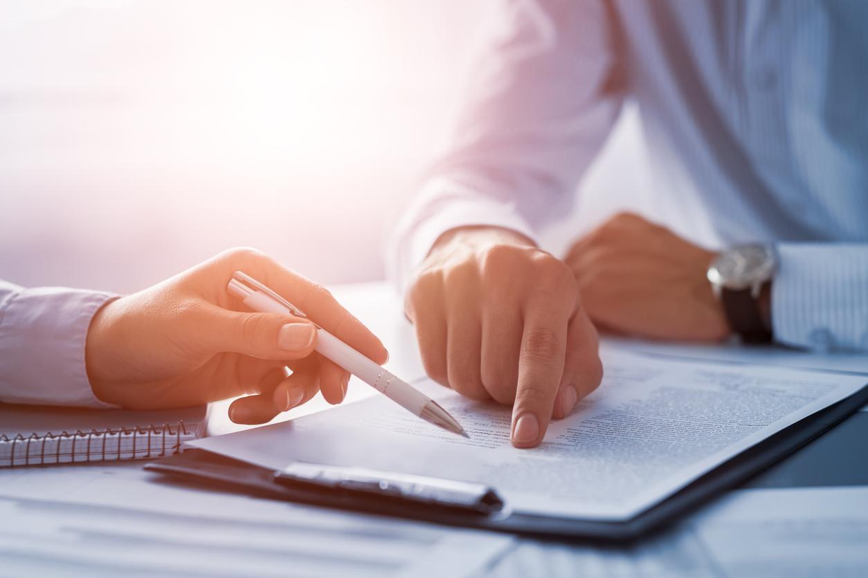 Arbeidskontrakt - Hva skal en arbeidskontrakt inneholde